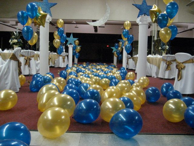Graduation venue rental at the tucson expo center tucson for Balloon decoration graduation